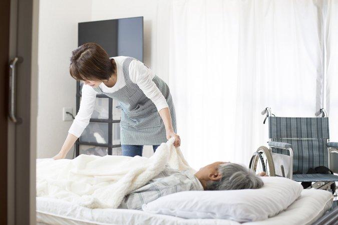 """自費診療のススメ『2020年以降、新規開業するには""""在宅医療""""を提供しなければいけなくなるのか』"""
