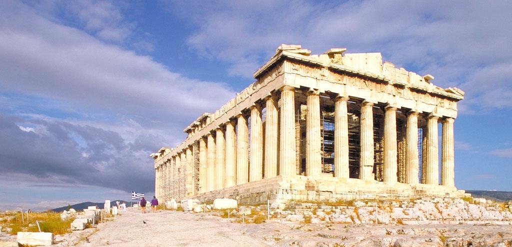 紀元前438年に完成したパルテノン神殿